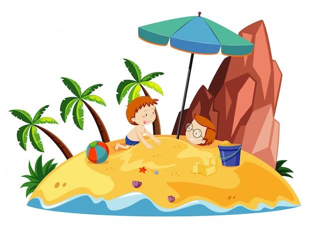 Escena del océano con niños jugando con arena en la isla