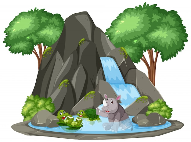 Escena de tortuga y rinoceronte por cascada