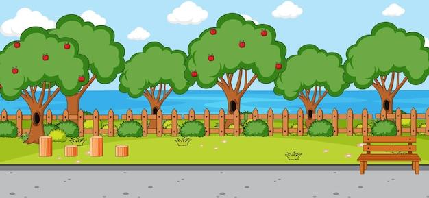 Escena vacía con muchos árboles en el parque.