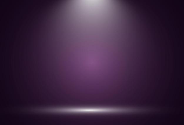 Escenario vacío con focos dispositivos de iluminación en transparente