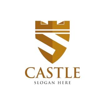 Escudo dorado con plantilla de logotipo de castillo