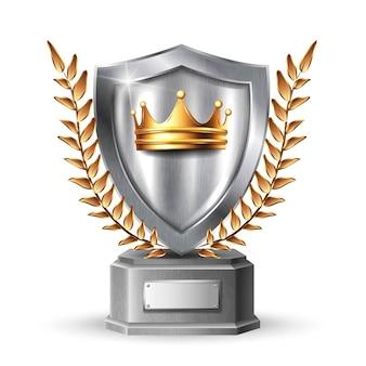 Escudo de metal con marco. panel metálico de acero plateado en blanco con corona de oro, hojas de trofeo de premio o plantilla de certificado aislado sobre fondo blanco.