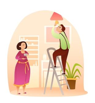 Esposo o trabajador técnico reemplazando la bombilla mujer bebiendo una taza de té espera a que termine el trabajo