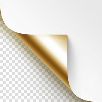 Esquina dorada rizada de papel blanco con sombra mock up close up aislado sobre fondo transparente
