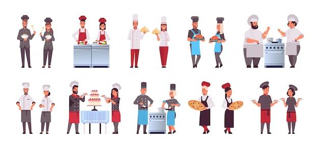 Establecer diferentes parejas de chefs profesionales parados juntos