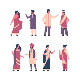 Establecer grupo de personas indias vistiendo ropas tradicionales nacionales