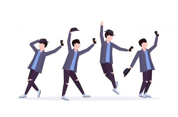 Establecer hombre tomando foto selfie en la cámara del teléfono inteligente casual personaje de dibujos animados masculino fotografiando diferentes poses colección fondo blanco de longitud completa