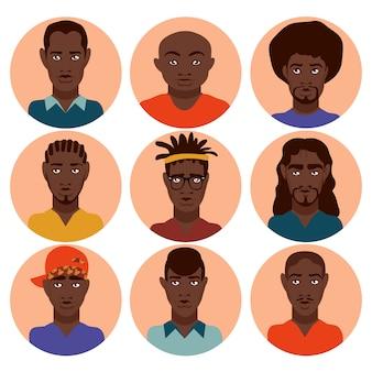 Establecer hombres afroamericanos lindos y hermosos con diferentes peinados, ropa para adolescentes, hombres adultos, diferentes profesiones