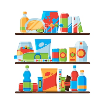 Estantes de comida. refrigerio crujientes bebidas gaseosas frías en botellas de plástico galletas saladas comida basura promocionando ilustraciones