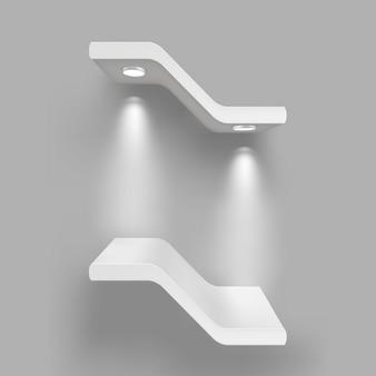 Estantes de exposición con fuentes de luz.
