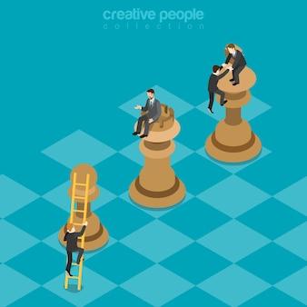 Estrategia de juego de ganar-ganar peón de torre de rey concepto de beneficios de planificación empresarial isométrica plana hombres de negocios escalando figuras de ajedrez superiores.