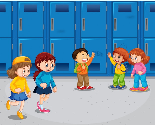 Estudiante en el pasillo de la escuela