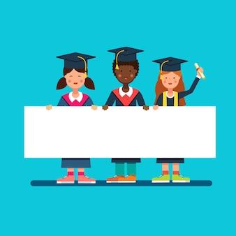 Estudiantes de postgrado muchachas y muchacho en mortero gorras