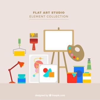 Estudio de arte con los materiales de un artista