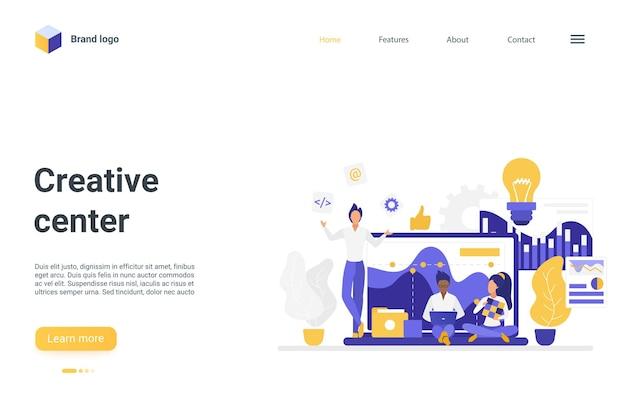 El estudio de la oficina del centro de innovación creativa trabaja para crear la página de inicio del concepto de idea
