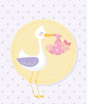Etiqueta de baby shower, cigüeña con niña en manta