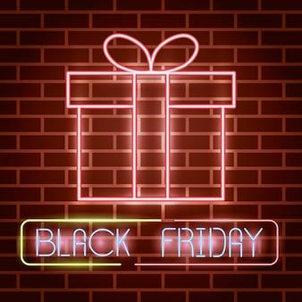 Etiqueta de luces de neón de viernes negro con regalo