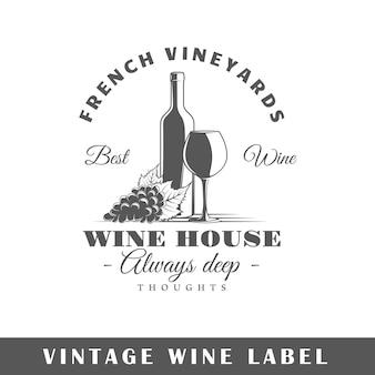 Etiqueta de vino aislada en blanco