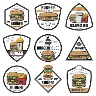 Etiquetas de hamburguesas de colores vintage con sándwich de papas fritas, soda e ingredientes de hamburguesa con queso aislados