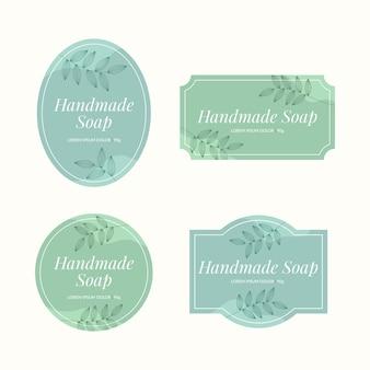 Etiquetas de jabón con colección de hojas.