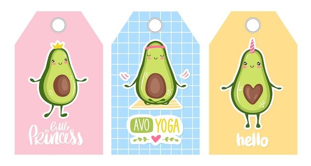 Etiquetas lindas con personajes de dibujos animados de aguacate: unicornio, princesa, haciendo yoga. diseño divertido. kawaii. frutas felices.