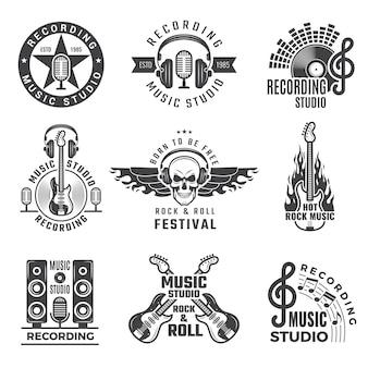 Etiquetas musicales micrófono, batería grande, batería, auriculares, imágenes y logotipos para estudio de discos de música