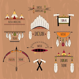 Etiquetas tribales coloreadas