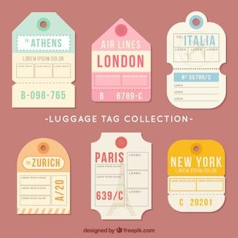 Etiquetas para viajar en diseño plano