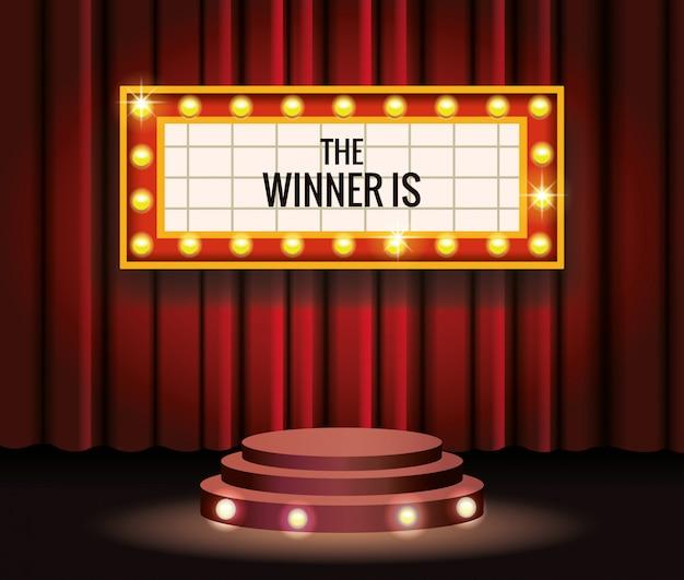 Evento de premios de películas con ganadores de etiquetas