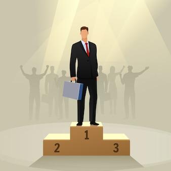Éxito empresario personaje de pie en un podio