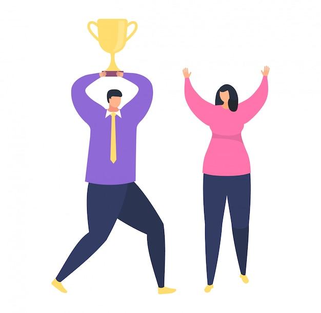 El éxito del trabajo en equipo, oficinista masculino sostiene en primer lugar la taza de oro, victoria feliz femenina en el blanco, ejemplo.