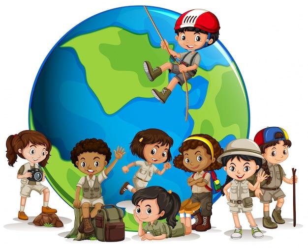 Explorador multicultural con globo.