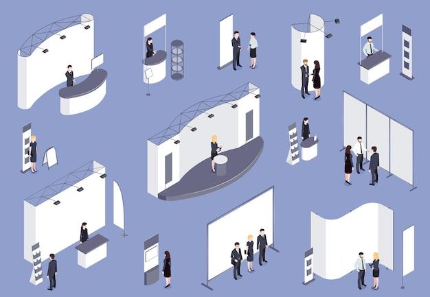 Expo stand isométrico coloreado en lila con consultores, personal de visitantes que trabaja para la exposición.