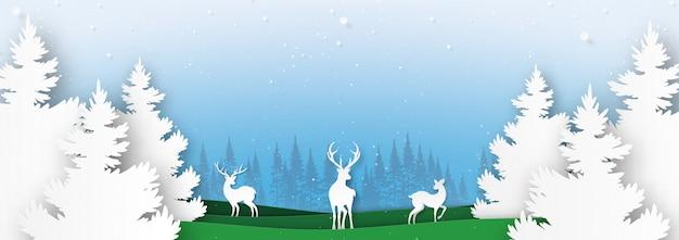 Familia de los ciervos en la naturaleza del paisaje de la temporada de invierno y el concepto de feliz navidad.