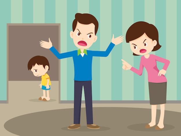 Familia enojada discutiendo con niño triste