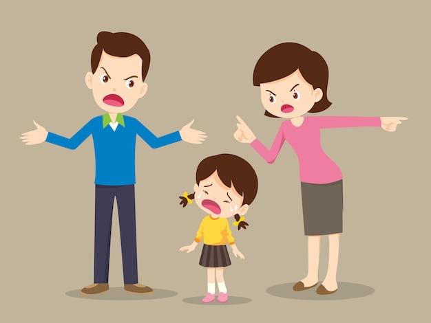 Familia enojada discutiendo