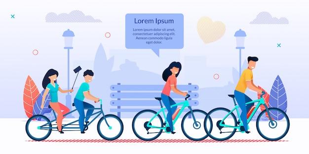 Familia feliz ciclismo juntos en el parque de la ciudad de dibujos animados
