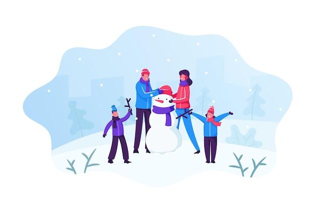 Familia feliz de padres con niños haciendo divertido muñeco de nieve sobre fondo de paisaje nevado. ilustración plana de dibujos animados