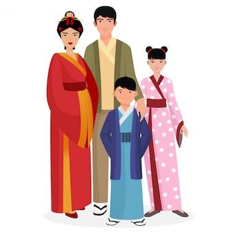 Familia japonesa en ropa tradicional.