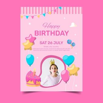 Feliz cumpleaños con niña y rebanada de pastel