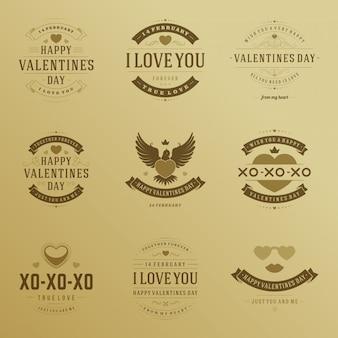 Feliz día de san valentín diseño de tipografía de insignias con símbolos de decoración conjunto de elementos de diseño vectorial