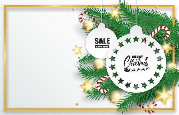 Feliz navidad. diseñe con el árbol de navidad, las bolas y los bastones de caramelo en el fondo blanco.