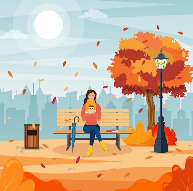 Feliz niña sentada en un banco con una taza de café