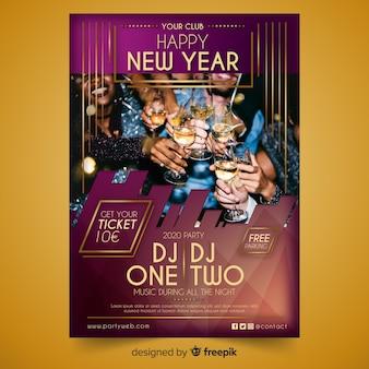 Feliz noche de fiesta de año nuevo con dj