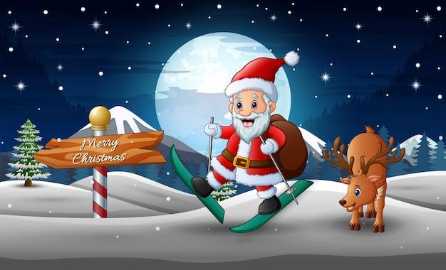 Feliz santa claus esquiando y un ciervo en la carretera nevada