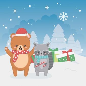 Feliz tarjeta de feliz navidad con osito de peluche y mapache