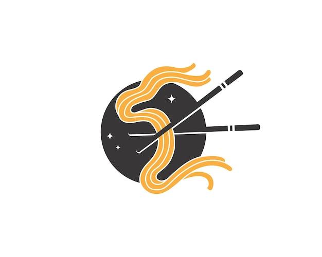 Fideos coreanos con palillos
