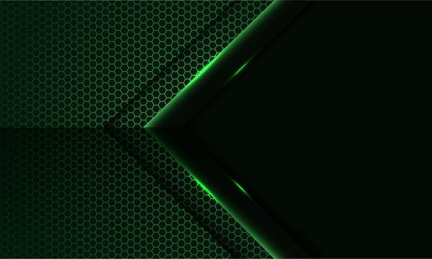 Flecha de luz verde abstracta en patrón de malla hexagonal