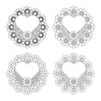 Flor de mehndi con marco en forma de corazón en adorno de doodle de estilo étnico oriental. dibujar a mano ilustración página para colorear