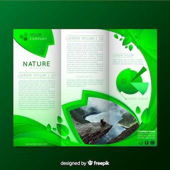 Flyer de naturaleza tríptico con imagen